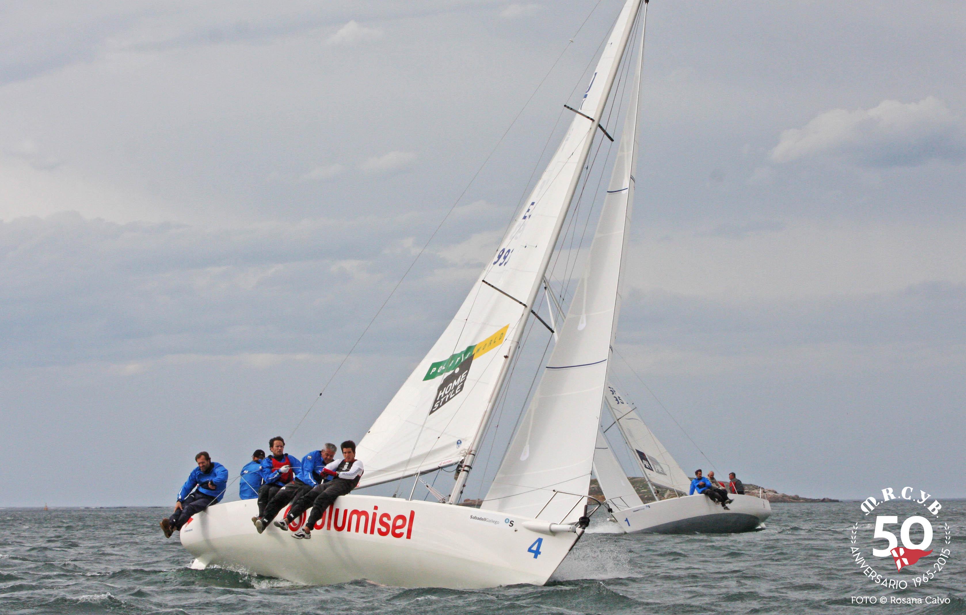 Segel-Team J80 Alumisel ( © Rosana Calvo )